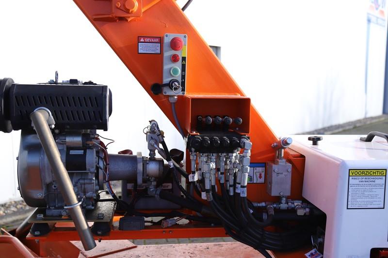 Knik-telescoop hoogwerker 17.2 mtr aanhanger accu/dsl huren