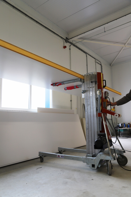 Elektrische Montagelift 350kg/6,2 mtr huren