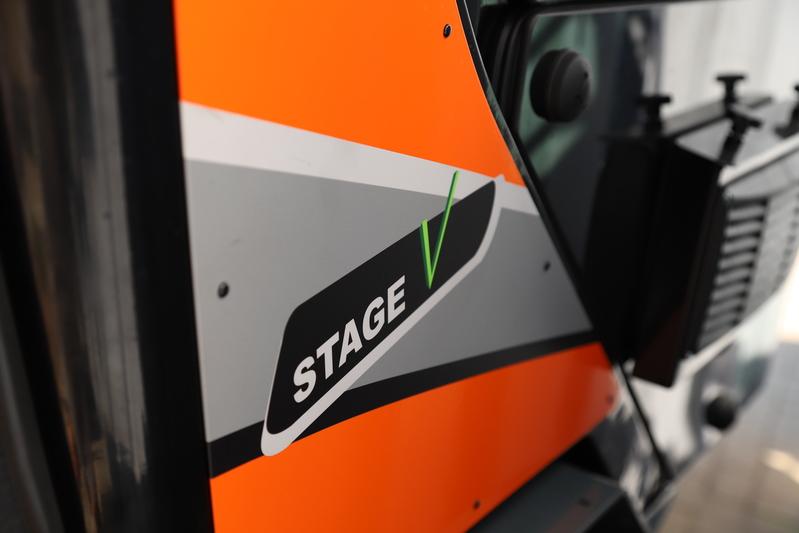 Kniklader 3,5 ton/diesel stage V huren