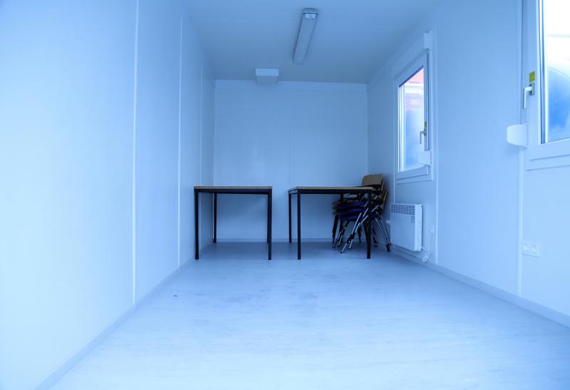 Kantoorunit 6 x 2,5 meter incl. keuken huren