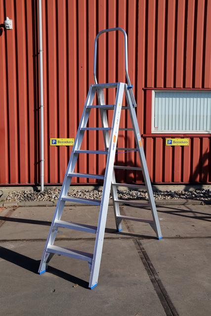Industrietrap 2 meter huren